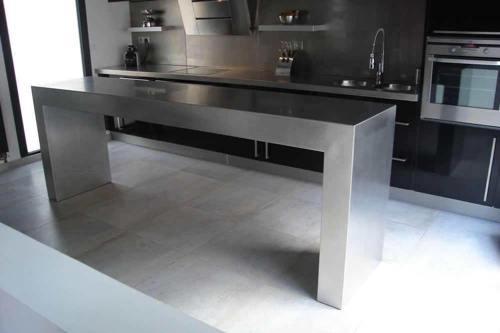 Plan de travail inox pour cuisine - Plan cuisine professionnelle ...